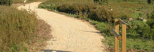 Les miséricordes installées le long du sentier permettent d'effectuer de courtes pauses