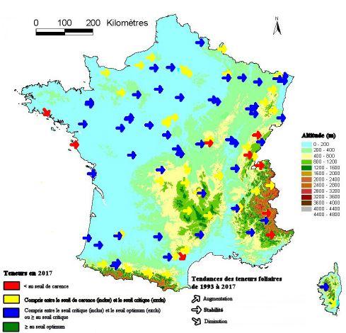 Carte du niveau moyen de l'alimentation foliaire en soufre (en 2005) et tendance (de 1993 à 2005), dans les peuplements du réseau RENECOFOR
