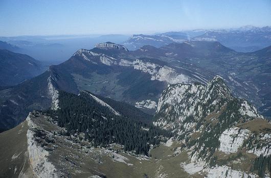 Vue aérienne du massif