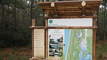 Panneau d'accueil dans la réserve