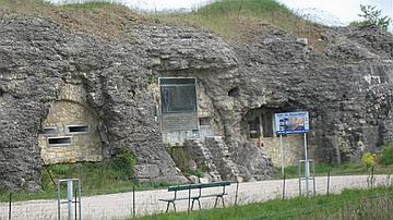 Le fort de Douaumont vu de l'extérieur