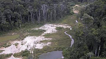 illustration d'un site minier partiellement réhabilité