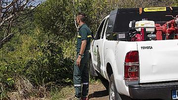 Patrouille de surveillance avec véhicule 4X4 armé