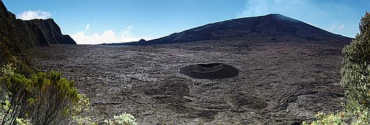 Le volcan actif de l'île de La Réunion