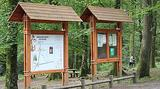 Au point de départ du parcours, deux panneaux présentent la configuration du parcours et les consignes d'utilisation