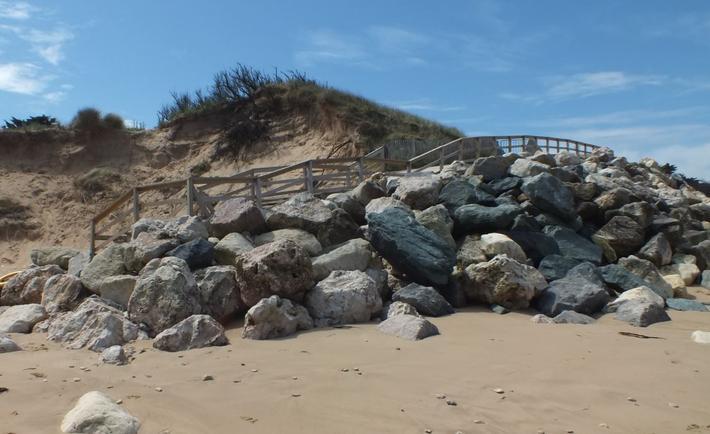 L'accès à la plage de la Conche des Baleines avant les travaux