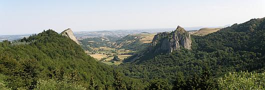 Vue générale du site : Roches Tuilière et Sanadoire