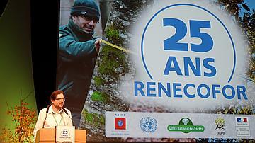Manuel Nicolas (ONF) lors de l'introduction du colloque